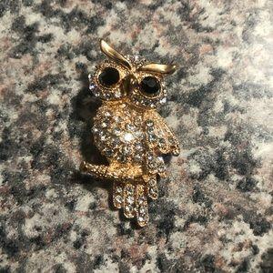 Jewelry - Owl brooch / pendant